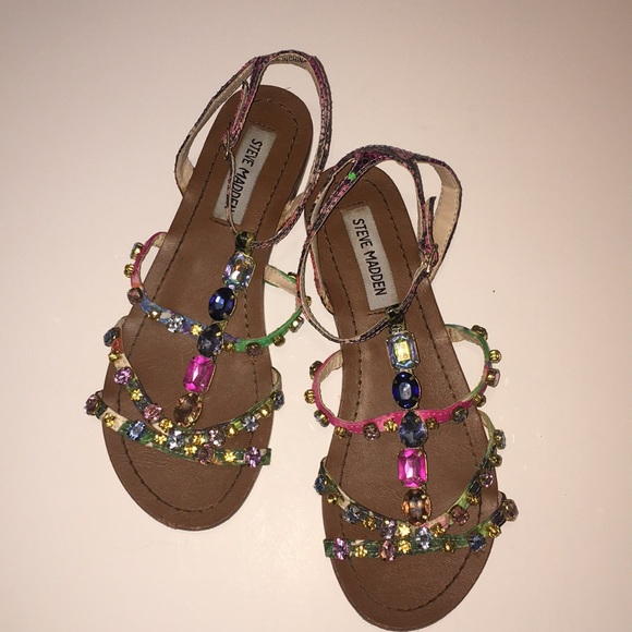 8c9b34866d0946 Steve Madden Multi Colored Jeweled Sandals. M 5b82f6aef3036974beee869c